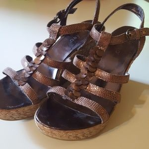 Pesaro Boho Shell Beaded Bronze Wedges